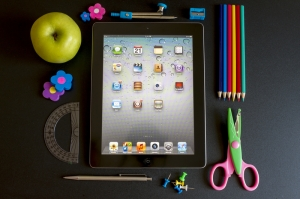 school-supplies   ©  Manaemedia-dreamstime.com